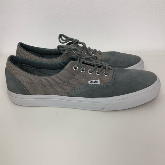 0a8831fa94 Men s Vans Gray Suede Canvas Lace Up Sneakers -11.  M 5c38bf980cb5aadcf58cd15b